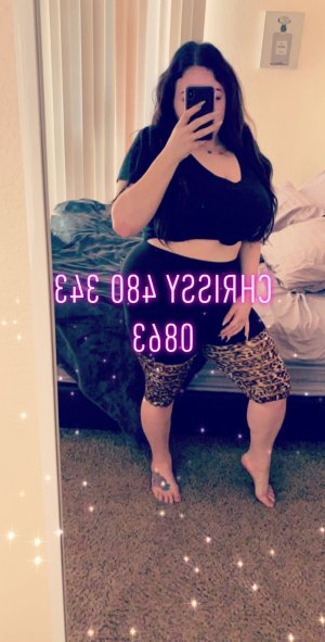 Cyane call girls in Montgomery Illinois