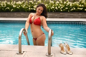 Saliah escorts